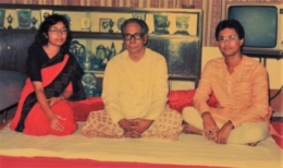 Pt. Ghosh along with his dear Guru, Padmashri Pt. Jnan Prakash Ghosh-Ji and sister Smt Sarmistha Guha